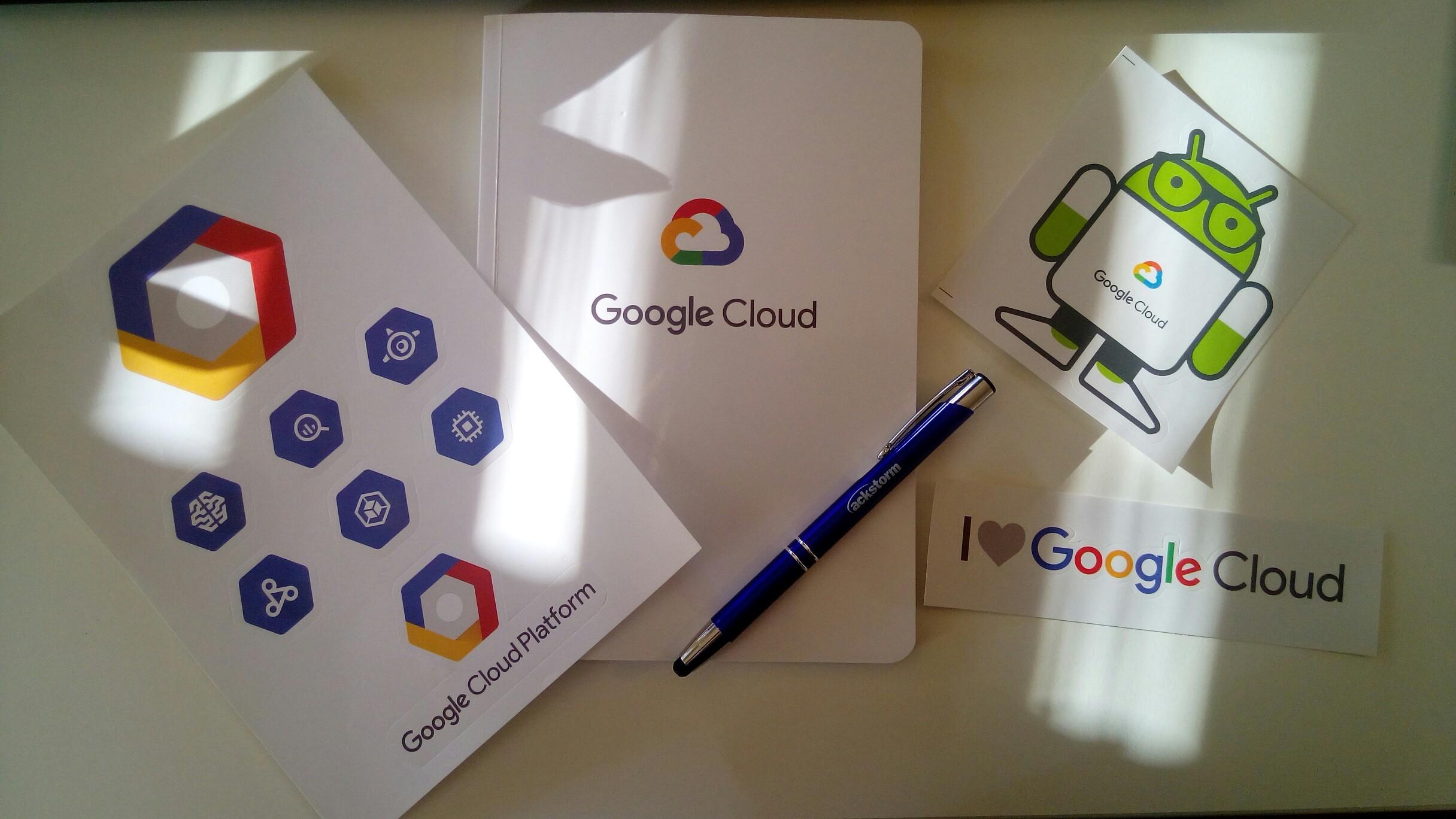 Obsequios del Google Cloud OnBoard recibidos en BaseTIS.