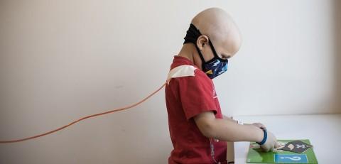 Infant de la campanya #ParaLosValientes de l'Hospital Sant Joan de Déu. BaseTIS