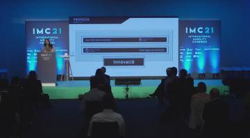Moments de la presentació de la proposta de Basetis a la final del SmartCataloniaChallenge